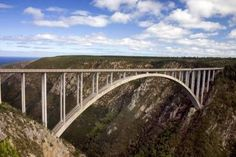 Picture of Bloukrans River Bridge on the Garden Route south africa. A famous place to bungie jump stock photo, images and stock photography. Port Elizabeth, Travel Pose, South Afrika, Cruise Reviews, Cruise Critic, Famous Places, Africa Travel, National Parks, Places To Visit