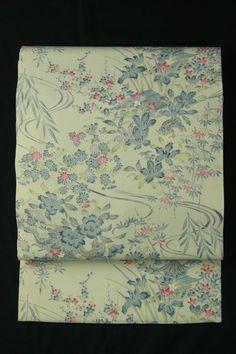 Mild gray nagoya obi / 淡グレー縮緬地 花と風景柄 全通名古屋帯   #Kimono #Japan  http://www.rakuten.co.jp/aiyama/