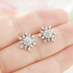 Cz Snowflake Stud Earrings