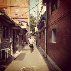 .@bong_cho   #골목 #동묘앞 #숭인2동   Webstagram