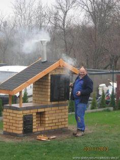 Galeria zdjęć bloga gabrysia - mojabudowa.pl Backyard Smokers, Outdoor Smoker, Outdoor Barbeque, Outdoor Oven, Smoke House Plans, Smoke House Diy, Barn House Plans, Diy Smoker, Homemade Smoker