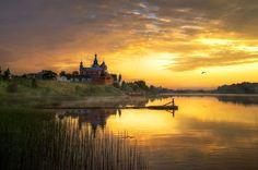 Zorii și apusurile divine ale artistului Eduard Gordeev
