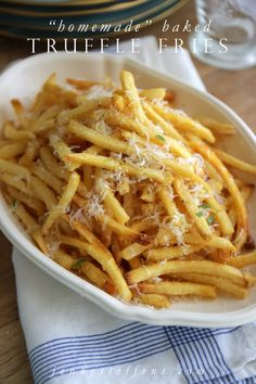 I love Truffle Fries ! Homemade Baked Truffle Fries - so easy and fabulous. Add truffle oil, sea salt and parmesan cheese to frozen fries for bistro style Steak Frites at home. I Love Food, Good Food, Yummy Food, Tasty, Potato Dishes, Food Dishes, Side Dishes, Homemade Truffles, Lemon Truffles