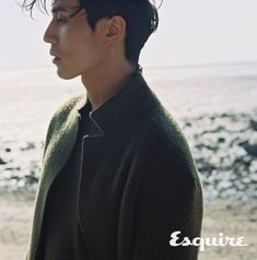 Lee Dong Wook Pairs Perfectly with Esquire Korea for Winter Beach Pictorial - A Koala's Playground Sung Lee, Jo In Sung, Lee Dong Wook, Korean Celebrities, Korean Actors, Korean Men, Kim Sun Ah, Korea Winter, Winter Beach