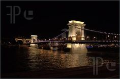 side view of  I90 bridge at night | Photo of Night shot of the Chain bridge, Budapest, Hungary, over the ...