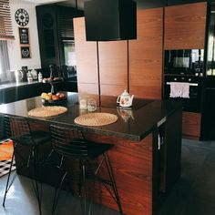 Home Room Design, House Rooms, Conference Room, Kitchen, Table, Furniture, Home Decor, Cooking, Decoration Home
