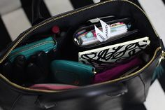 {In the Bag} Black and White Basics for Winter - Strange & Charmed What In My Bag, What's In Your Bag, Purse Necessities, Inside My Bag, What's In My Purse, Work Bags, Purse Organization, School Bags, Fashion Bags