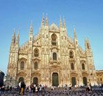 Piazza Duomo Milano Italy From our September 2018 trip to see family and attend the SRN Conference. Places To Travel, Places To See, Milan Travel, Milan Cathedral, Gothic Cathedral, Cathedral Church, Milan City, Places In Italy, Travel Tours