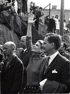 Melina with Olof Palme , of May demonstration in Stockholm 1968 Die A, May 1, Stockholm, Unity, Hero, Celebs, Couple Photos, Couples, Photography