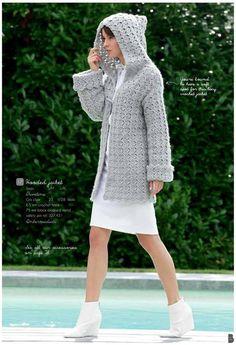 Au crochet une veste longue à capuche, elle est parfaite pour le printemps, elle s'adapte à toutes les tailles : petites ou grandes