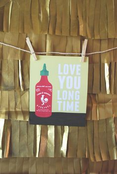 this would be an awesome present for my sriracha loving SO