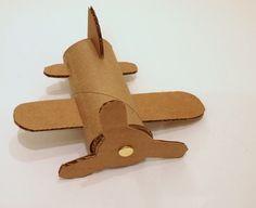 aviones hechos de conos de cartón - Buscar con Google