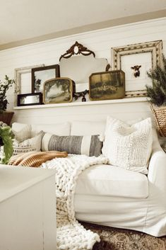 modern french country decor are offered on our site. look at this and you wont be sorry you did. French Country Rug, French Country Living Room, Country Farmhouse, City Farmhouse, Farmhouse Decor, French Home Decor, Unique Home Decor, Design Living Room, Living Room Decor