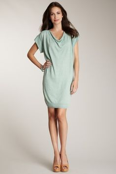 Xochi Scoop Neck Short Sleeve Dress » Very pretty and looks super easy to wear!