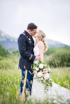 A Mountain Destination Wedding at the Silverthorne Pavilion (image: dannafrostphotography.com)