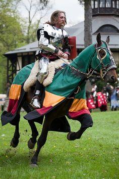 Medieval tournaments in Poland - photography by Bartosz Siedlarski