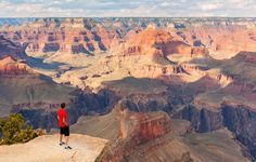 Grand Canyon lets train to run around the rim :)  (and other us trails to run)
