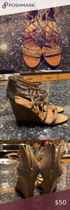 Ladies Fabs Faux Leather Metallic//Fringe Open Toe Raffia High Wedge Mule Sandals