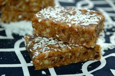 Lemon Coconut Energy Bars | Bites for Babies