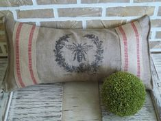 Eye For Design: Decorating With Bees........ It's Very French!