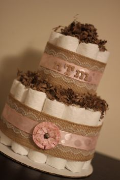 Burlap, lace and light pink colors