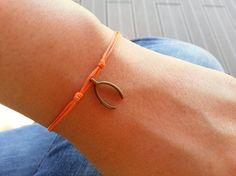 Hey, I found this really awesome Etsy listing at https://www.etsy.com/listing/164882352/bronze-wishbone-bracelet-wishbone-anklet
