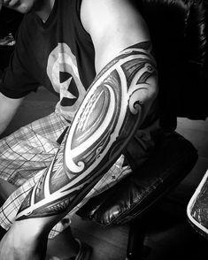 Tattoo I did couple months back. Black Tattoos, Tribal Tattoos, San Diego Tattoo Artists, Life Tattoos, Filipino, Tattoo Studio, Blackwork, I Tattoo, Mma