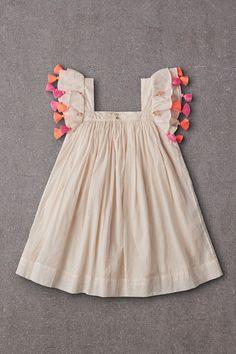 Baby Girl Frocks, Frocks For Girls, Little Girl Dresses, Girls Dresses, Kids Frocks Design, Baby Frocks Designs, Cute Baby Girl Outfits, Kids Outfits, Baby Girls