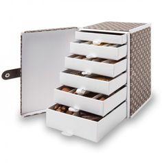 Luxury - Monogram Drawer Box/ Artisan du Chocolat : sans les chocolats, bonne idée pour ranger des accessoires de bricolage...