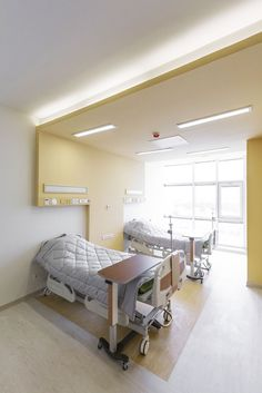 Gallery of Pars Hospital / New Wave Architecture - 7 Pars Hospital Healthcare Center Rasht, Gilan Province, Iran Healthcare Architecture, Interior Architecture, Interior Design, New Hospital, Hospital Room, Medical Design, Healthcare Design, Ward Room, Centre Hospitalier