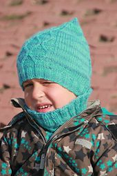 Free Pattern: Vezelka Hat by Julia Gutkovskaya