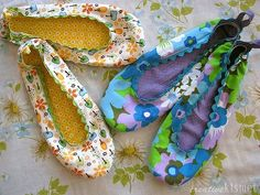 """""""The uttermost bipolar dilemma: Shoes on? OR Shoes off?"""" A post about minimizing the damages when manic or depressed."""