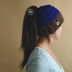 Chelle Ponytail Beanie. FREE PATTERN | Messy Bun | Pontail | Messy Bun Hat | Ponytail Hat | Handmade by Phanessa
