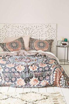 pretty bedding and headboard