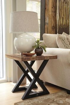 Mesa auxiliar estilo industrial Classic Furniture, New Furniture, Rustic Furniture, Living Room Furniture, Living Room Decor, Furniture Design, Antique Furniture, Furniture Mattress, Western Furniture