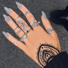 Semi-permanent varnish, false nails, patches: which manicure to choose? - My Nails Summer Acrylic Nails, Cute Acrylic Nails, Matte Nails, Acrylic Nail Designs, Spring Nails, Nail Art Designs, Nails Design, Summer Nails, Pastel Nail