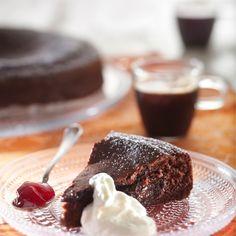 Mutakakku | Maku Finnish Recipes, Great Recipes, Favorite Recipes, Joko, Healthy Treats, Vegan Desserts, I Love Food, No Bake Cake, Cheesecake