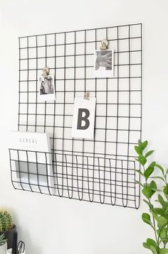 DIY memo storage grid