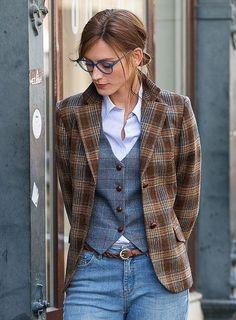Tweed blazer women - - - Business Casual for Women Mode Outfits, Fall Outfits, Casual Outfits, Blazers For Women, Suits For Women, Clothes For Women, Women Blazer, Black Blazers, Tomboy Fashion