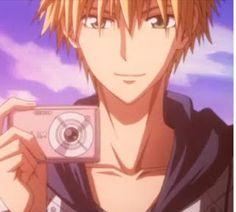 Does anyone wants to click pictures with me? Girls Anime, Anime Guys, Otaku Anime, Anime Manga, Anime Art, Best Romantic Comedy Anime, Noragami Anime, Nostalgia, Typical Girl