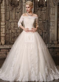 [183.56] Fabulous Tulle Off-the-Shoulder Neckline Ball Gown Wedding Dresses with…