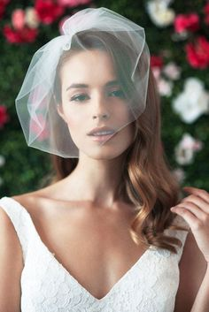 Wedding Veil. Retro. Small. Elegant.  Posted by www.blairjimison.com