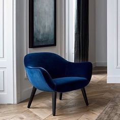 Fine materials and timeless design by Poliform. On the picture MAD Chair designed by Marcel Wanders.