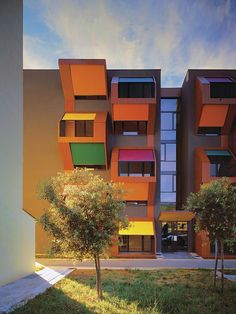 Slovenia's Izola Social Housing for low-income young families, designed by OFIS arhitekti - reminds me of a Polaroid Camera. Beautiful Architecture, Architecture Design, Installation Architecture, Building Architecture, Bauhaus, Habitat Collectif, University Architecture, New Urbanism, Colorful Apartment