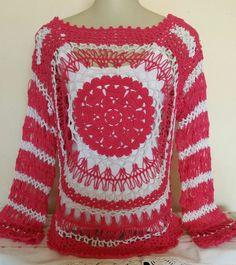 Blusa rosa com branco de crochê de grampo by Arléia