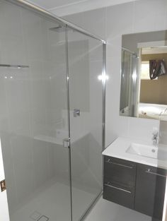 Large Double Shower Double Shower, Corner Bathtub, Alcove, Townhouse, Bathroom, Washroom, Terraced House, Bath Room, Bath