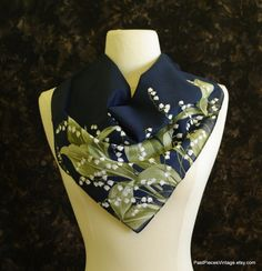 Vintage small cotton scarf White Lilies of the Valley Navy blue cotton handkerchief Snowdrops  pink handkerchief Floral Pocket square