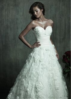 STUNNING ALL-OVER LACE A-LINE SWEETHEART NECKLINE RAISED WAISTLINE WEDDING DRESS IVORY WHITE LACE BRIDAL GOWN