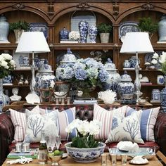 28 Magical Interior Ideas That Will Inspire You This Summer - Home Decor Ideas Blue And White China, Blue China, Blue Rooms, White Rooms, French Decor, French Country Decorating, White Houses, White Decor, White Porcelain