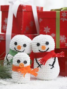 Snowman Family   Yarn   Free Knitting Patterns   Crochet Patterns   Yarnspirations
